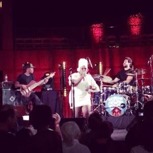 @daymearocena ignites the stage at @skirball_la and had us all dancing in the aisles! #sunsetconcerts #IGNITEattheFORD @dexterstory